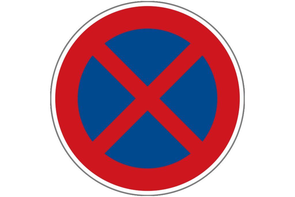 Zákaz zastavení v obci Teletín